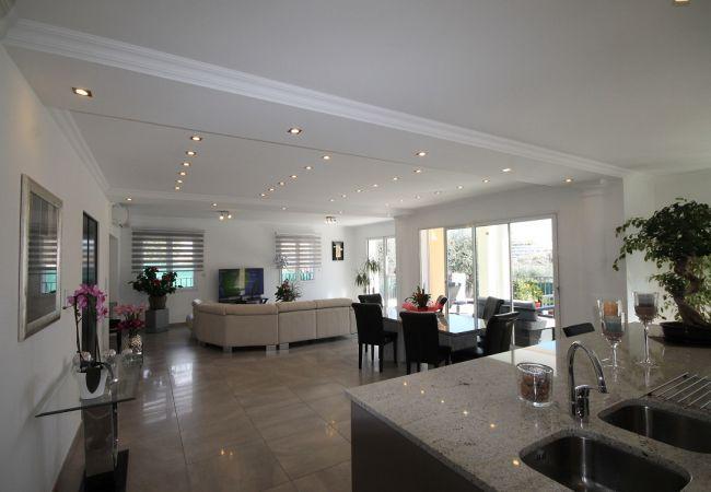 Villa à Villeneuve-Loubet - HSUD0042