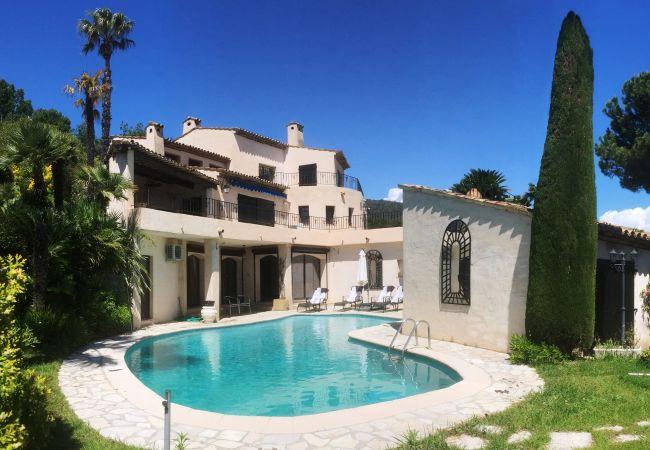 Villa/Dettached house in Mandelieu-la-Napoule - HSUD0072