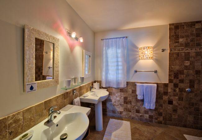 Villa in Terres Basses - Acqua
