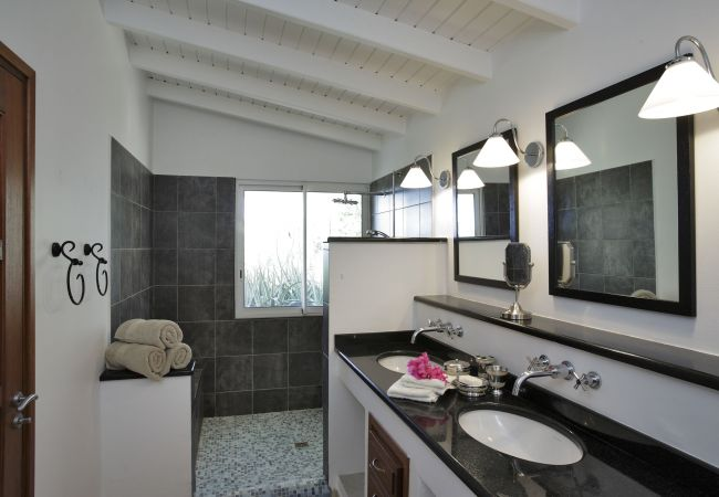Villa in Terres Basses - Sea Vous Play