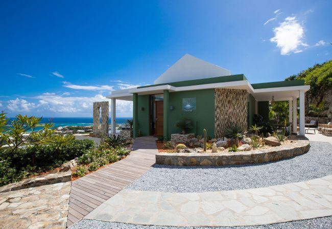 Villa in Orient Bay - Sunrise