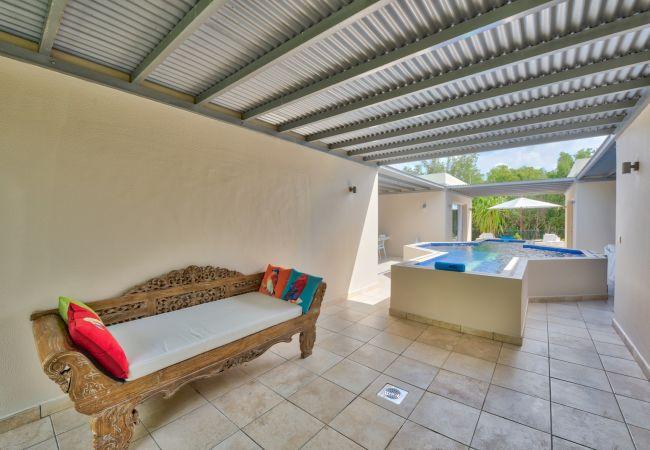 Villa in Terres Basses - Mon Ami