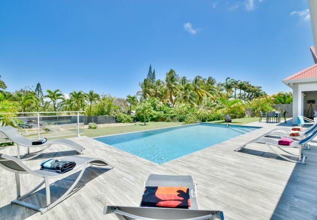 Villa/Dettached house in Saint-François - Caribbean Blue