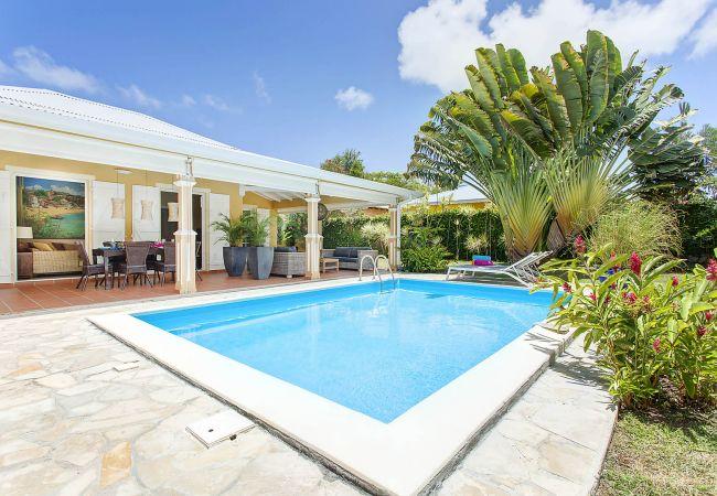 Villa in Saint-François - Shanta Gara
