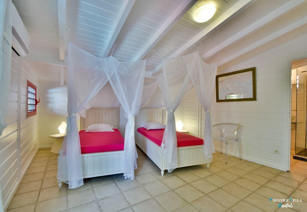 Villa in Saint-François - Orée du Golf