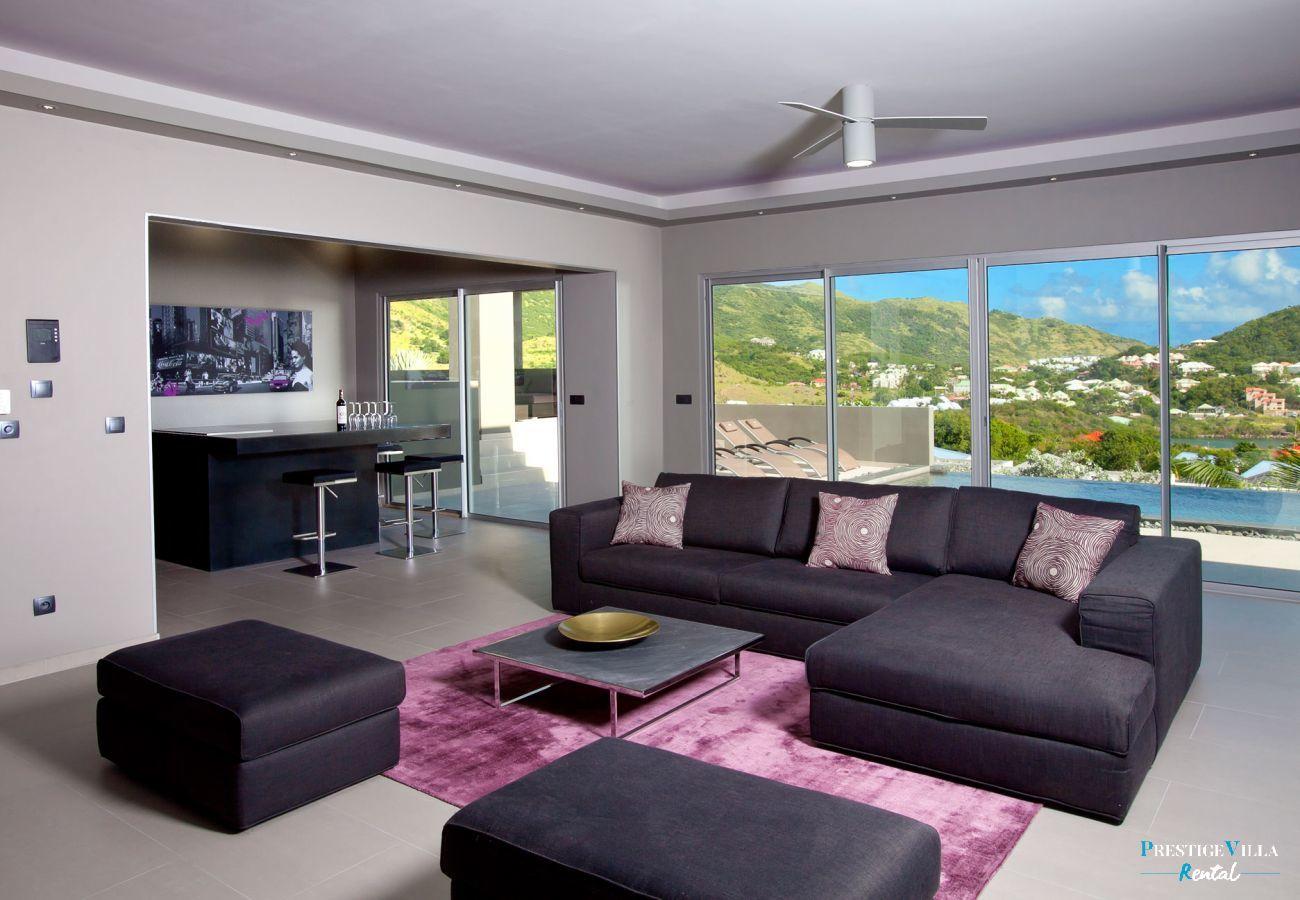 Villa in Orient Bay - Emvie