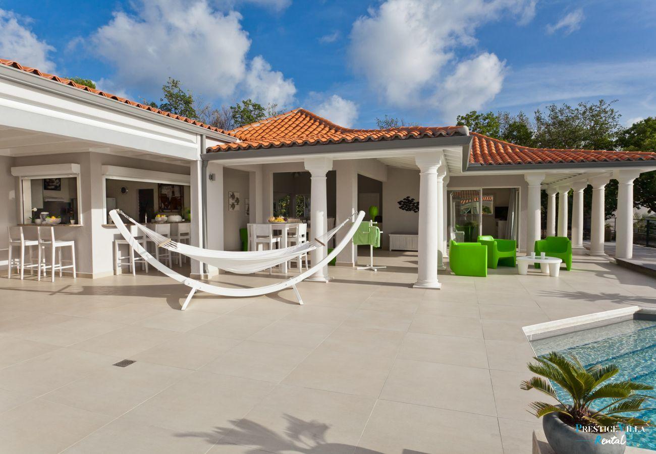 Villa in Terres Basses - Giselle