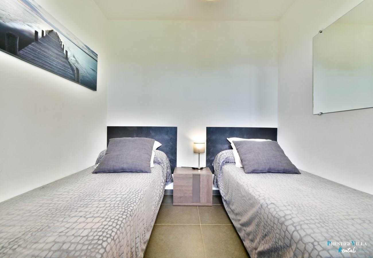 Apartment in Saint-François - Savannah du Lagon