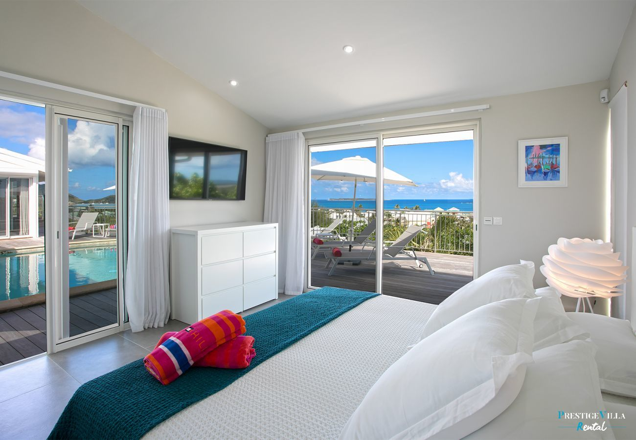 Villa in Orient Bay - Ocean View