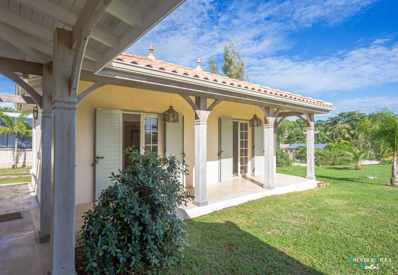 Villa in Petit-Bourg - Pineapple